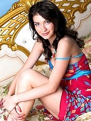 This Amazing Looking Brunette Enjoy With Exhibiting Her Distinguishing Beautiful Breasts. Camera Eye